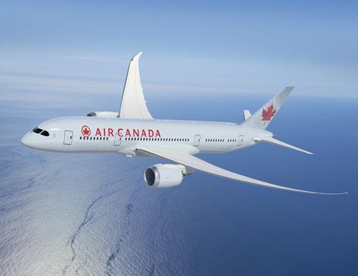 air_canada_dreamliner.png__0x400_q95_autocrop_crop-smart_subsampling-2_upscale